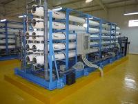 淡水化プラント建設及び太陽光発電設備工事